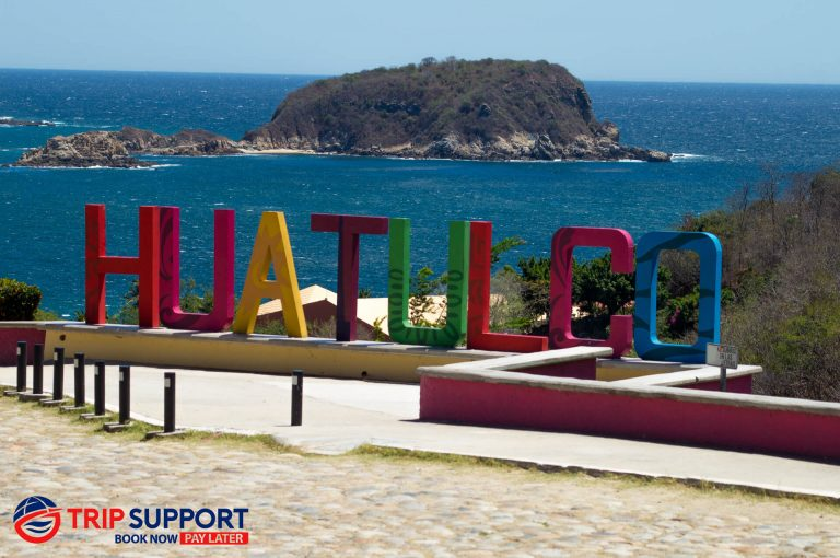 About Huatulco