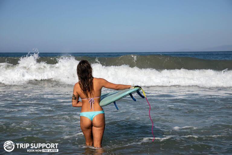 surf crowd