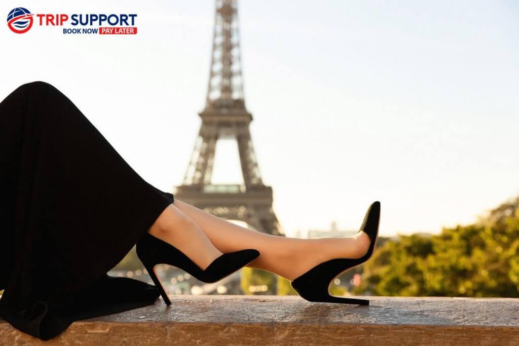 Paris (Eiffel Background)